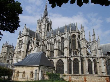 Evreux - Cathédrale Notre-Dame - Ensemble vu du chevet