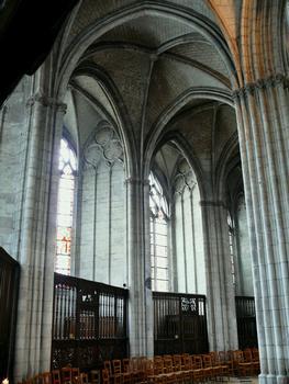 Evreux - Cathédrale Notre-Dame - Déambulatoire et chapelles