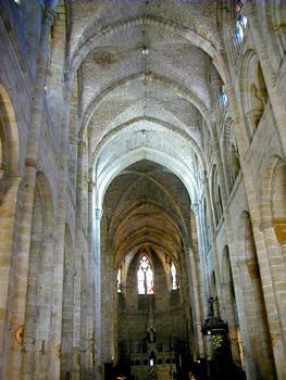 Figeac - Abbatiale Saint-Sauveur - Nef