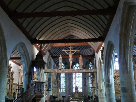Lampaul-Guimiliau - Eglise Notre-Dame et enclos paroissial - Nef centrale et bas-côtés