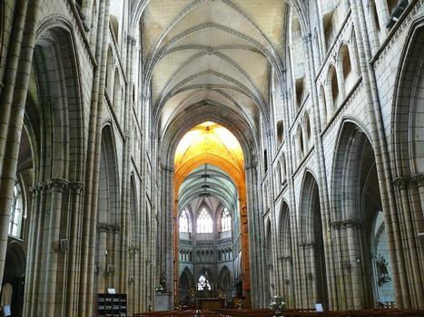 Saint-Pol-de-Léon - Eglise Saint-Paul-Aurélien - Nef