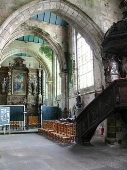 Saint-Pol-de-Léon - Chapelle Notre-Dame-du-Kreisker - Bas-côté droit et le rétable de la Visitation