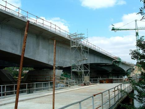Francilienne - N104 Doublement du pont sur la Seine à Corbeil-Essonnes Equipage mobile pour le clavage de la travée centrale