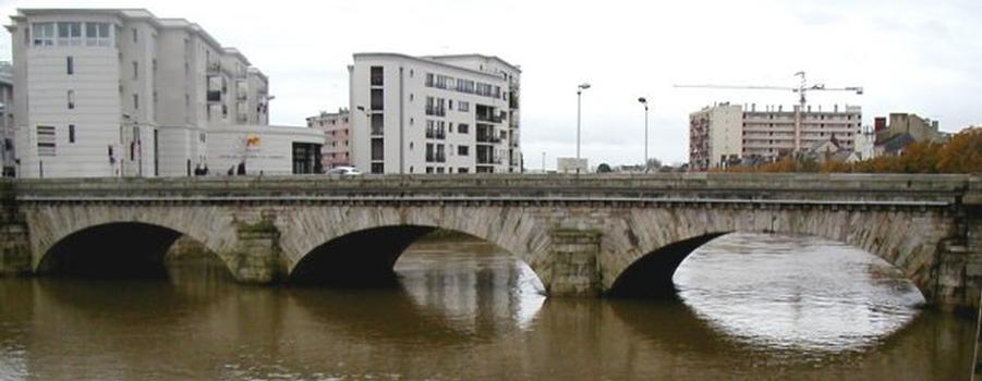 Pont Gambetta, Le Mans