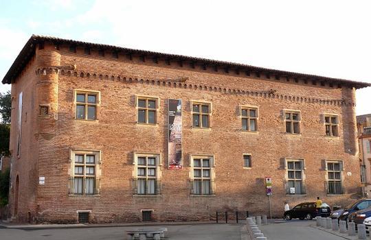 Toulouse - Musée Saint-Raymond - Musée des Antiques de Toulouse - Façade sur la place Saint-Sernin