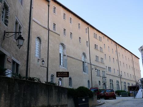 Centre culturel et de congrès Pierre-Cardinal