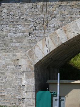 Retournac - Pont des Droits-de-l'Homme sur la Loire - Appui de l'arc sur la culée