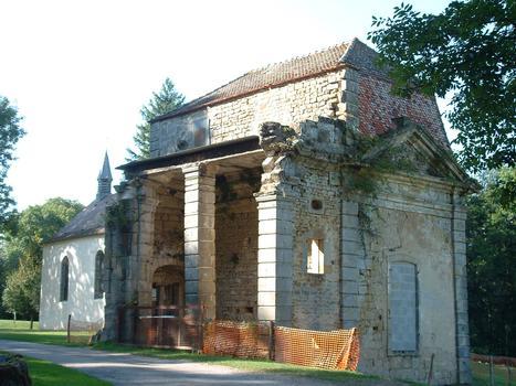 Abbaye de Morimond - Pavillon d'entrée de l'abbaye et chapelle Sainte-Ursule