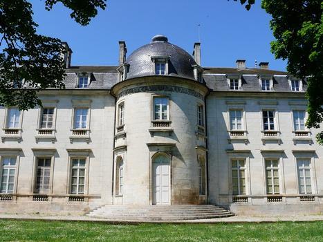 Château de Champlitte - Façade côté parc