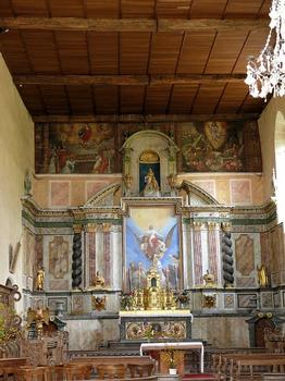 Eglise de Mortemart (ancienne chapelle du couvent des Augustins) - Maître autel daté de 1651. Le tableau central représente l'Assomption de la Vierge