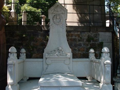 Tombeau de Henri Daydé et sa famille au cimetière Montmartre de Paris