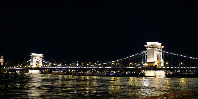 Széchenyi Chain Bridge