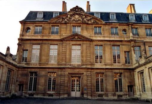 Hôtel Sale, Paris.Façade sur cour