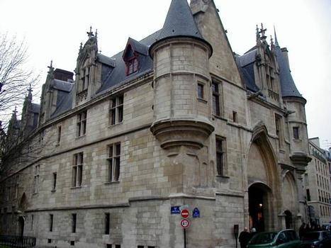 Hôtel de Sens, Paris.Ensemble