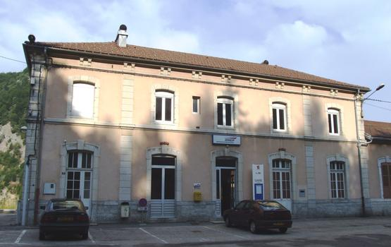 Gare de Morez côté accès