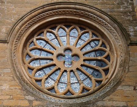Abbaye de La Bénisson-Dieu - Rose de la façade occidentale