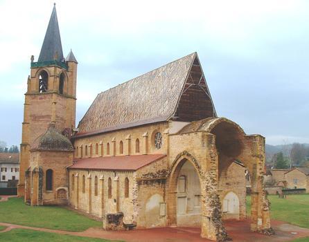 Abbaye de La Bénisson-Dieu - Eglise abbatiale - Ensemble vu du chevet