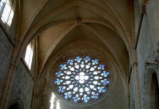 Abbatiale cistercienne, La ChaladeRose de la nef