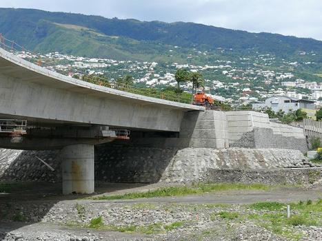 Pont de la Rivière des pluies