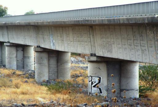 RN1 - Doublement du pont de la rivière des Galets