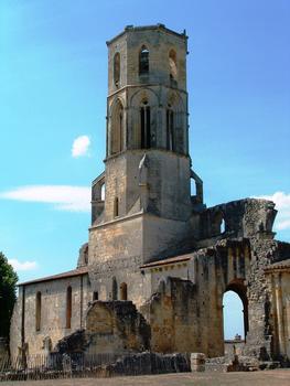 Abbaye de la Sauve-Majeure - Le clocher vu du chevet