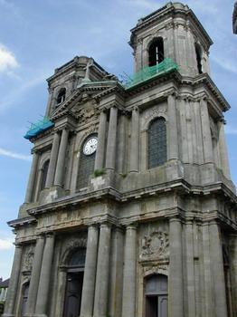 Cathédrale Saint-Mammès de Langres.Façade occidentale