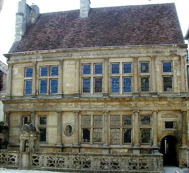 Langres - Maison Renaissance - Façade côté jardin