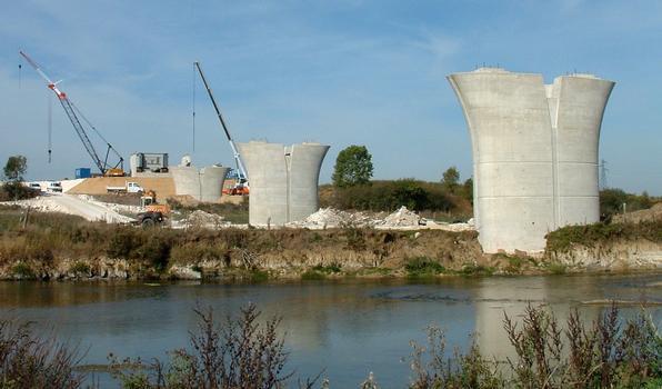 Maasviadukt & Viaduc du Canal de l'Est