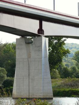 LGV Est-Européenne - Viaduc de la Moselle - Pile de la travée sur la Moselle