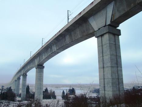TGV Rhone-Alps - La Costière Viaduct
