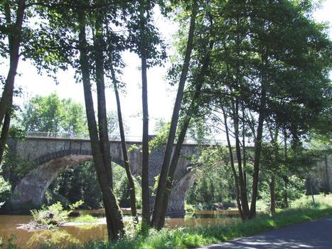 Domeyrat - Viaduc de Blannat sur la Sénouire