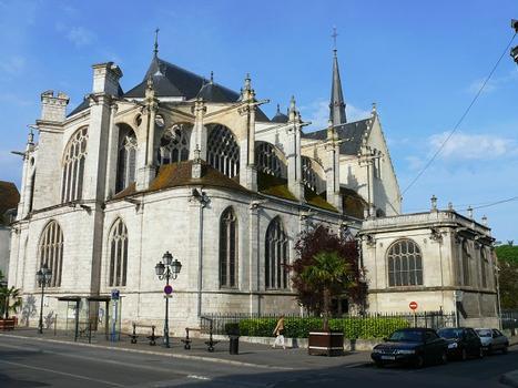 Montargis - Eglise de la Madeleine - Vue du choeur