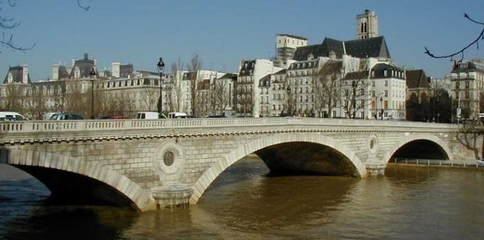 Pont Louis-Philippe.