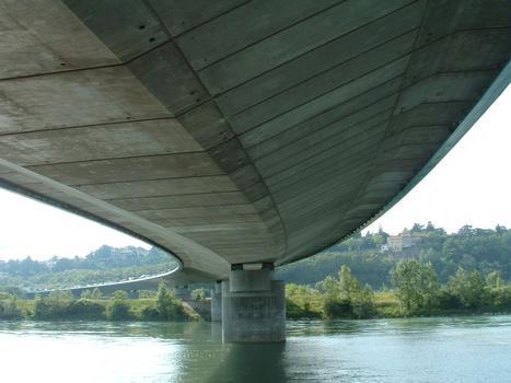 Boulevard périphérique nord de Lyon - Viaduc sur le Rhône - Sous-face du tablier