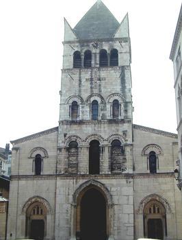 Lyon - Basilique Saint-Martin-d'Ainay - Façade occidentale