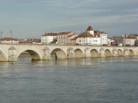Saint-Laurent-Brücke in Mâcon