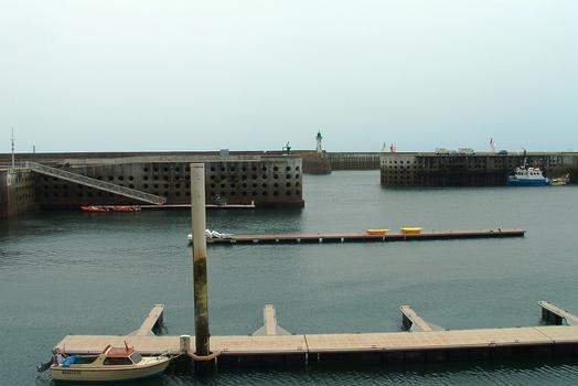 Diélette Port