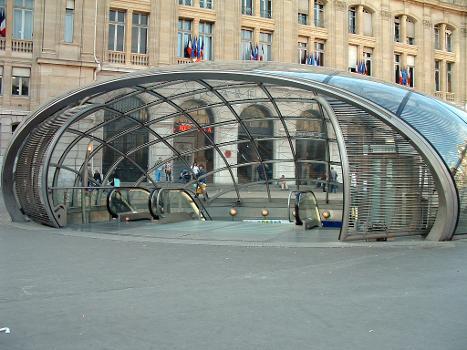 Paris Metro Saint-Lazare Station. New entry