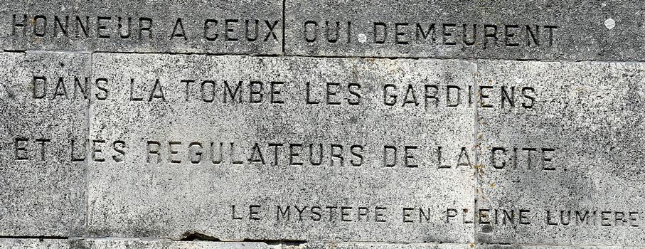 Signal de Vaudémont - Monument Barrès - Un extrait de «Le mystère en pleine lumière»