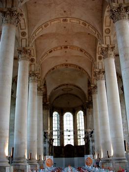 Pont-à-Mousson - Abbaye des Prémontrés - Eglise abbatiale - Vaisseau central