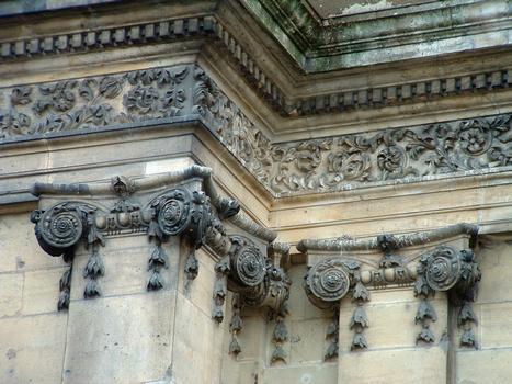 Pont-à-Mousson - Abbaye des Prémontrés - Eglise abbatiale - Détail de la décoration de la façade
