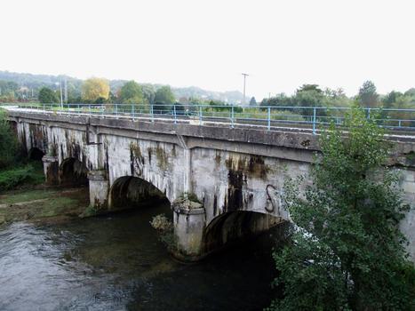 Canal de la Marne au Rhin - Pont-canal sur l'Ornain à Bar-le-Duc près de l'écluse n°40