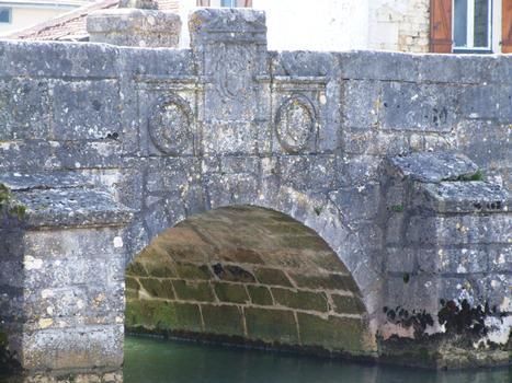 Rupt-aux-Nonnains Bridge