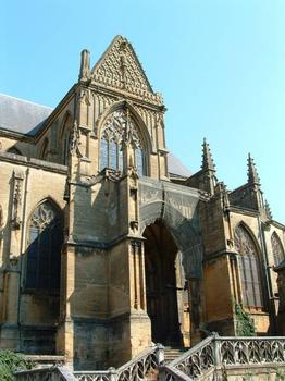 Eglise Notre-Dame-d'Espérance, MézièresPortail du bras Sud du transept