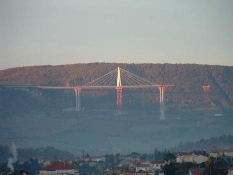 Viaduc de MillauLe tablier côté sud un matin de novembre