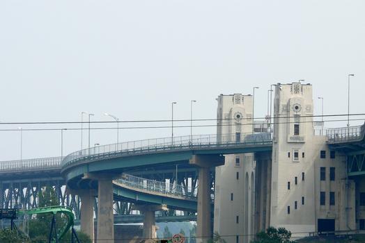 Montréal - Pont Jacques-Cartier - Viaduc d'accès en rive droite et bretelles d'accès