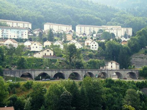 Ligne des Hirondelle - Morez - Viaduc de la Source, entre la gare et le viaduc de Morez