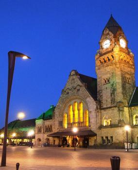 Gare de Metz la nuit