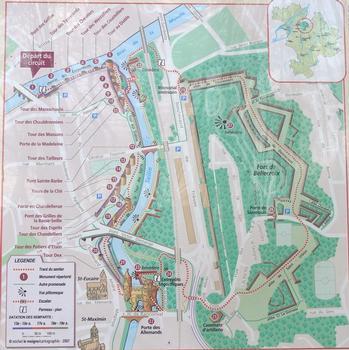 Remparts de Metz à la confluence de la Seille et de la Moselle