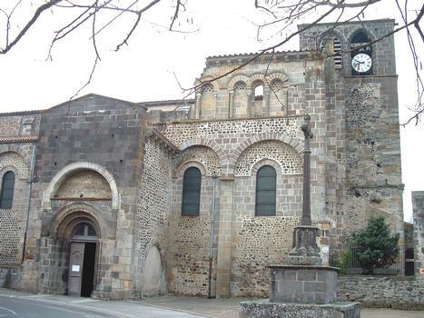 Abbatiale Saint-Pierre, Mozac